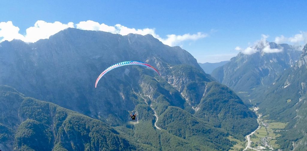 Paragliding Mangart