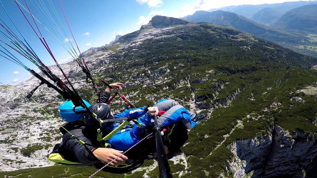 Paragliding Rombon