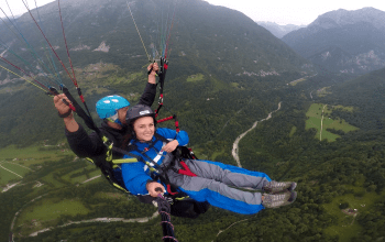 Paragliding ladies Bovec