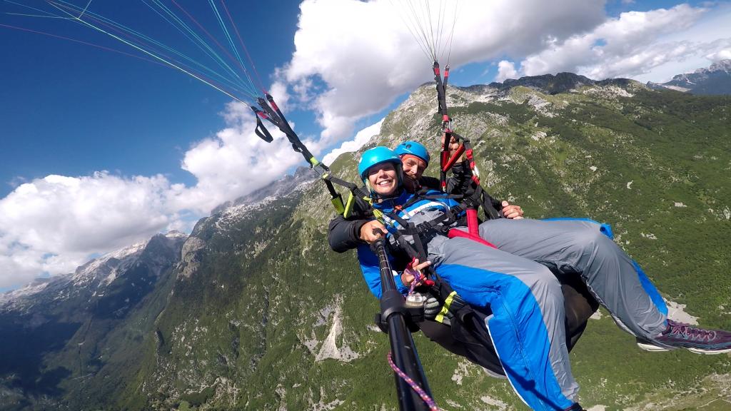 Paragliding Rmbon